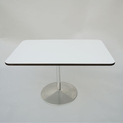 Table   Fritz Hansen   V. Panton  1970