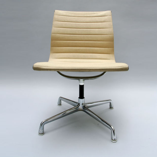 Set of 4 chairs Alu Group  Eames 1970