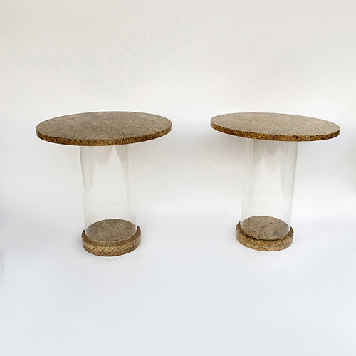 Tables en granit et plexiglas