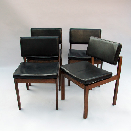 Set of 4 scandinave chairs 1960