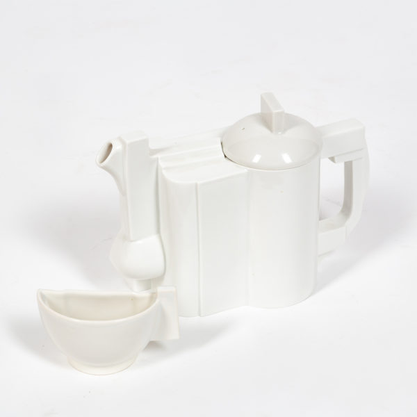Constructivist teapot and cup created by Kasimir Malevitch.