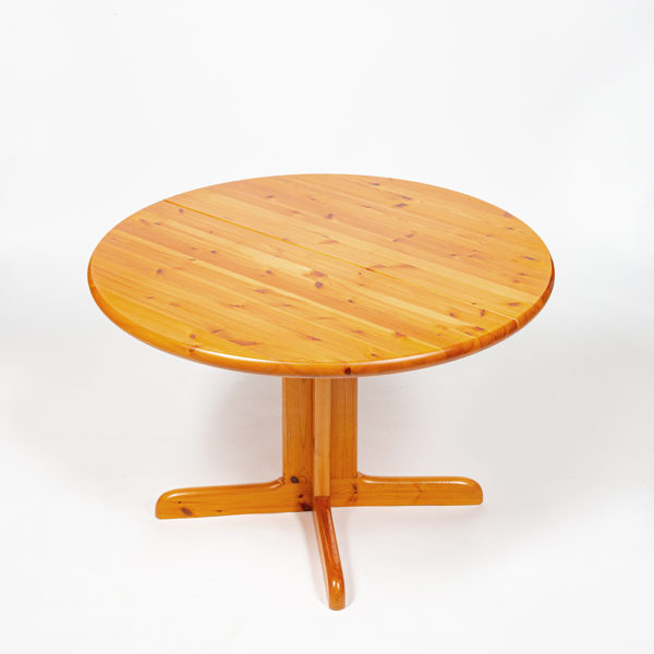 Table with an extension from Rainer Daumiller in pine from the 60's